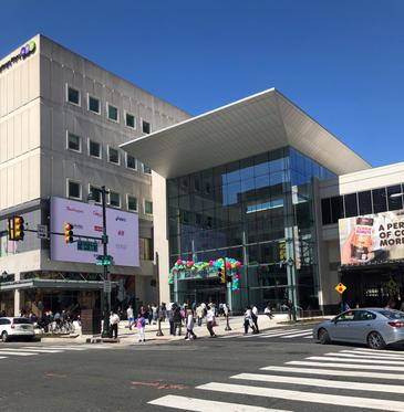 Bridgette Mayer Gallery announces a gallery space featuring rotating exhibitions at Fashion District Philadelphia, the new Gallery Mall, at 9th and Market St.